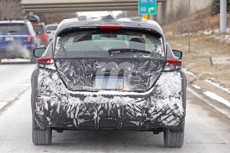 2017 - [Nissan] Leaf II Nissan34
