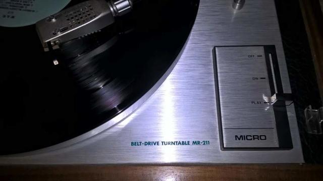 Micro Seiki mr211 chi lo conosce ? D8987d11