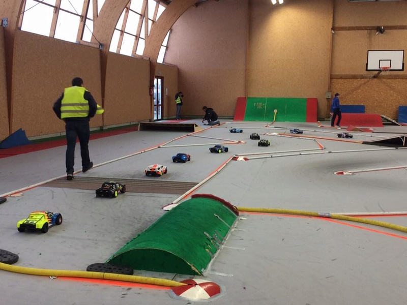 Course indoor tt 1/10,M.R.C.C,Corzé (49)  16299310