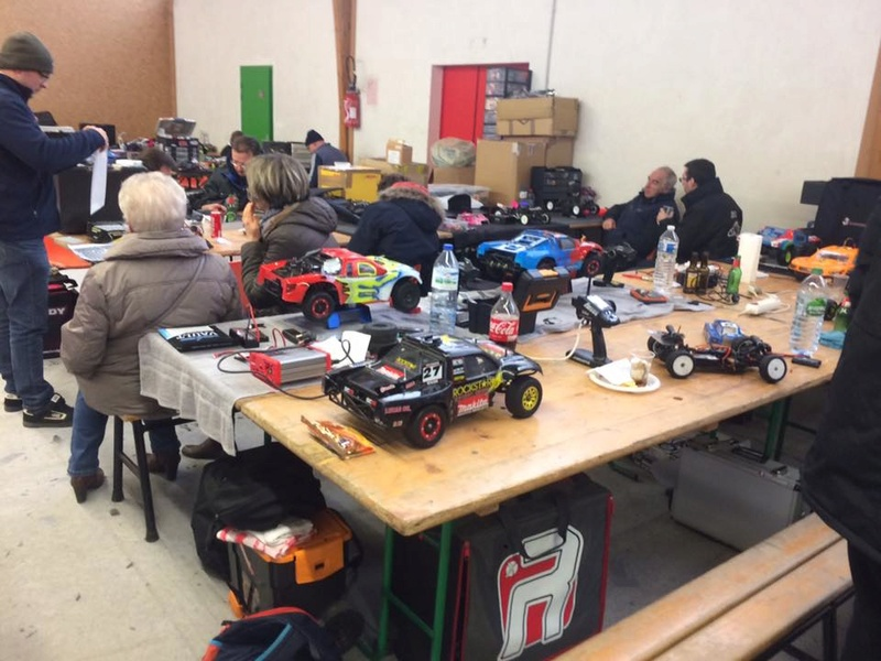 Course indoor tt 1/10,M.R.C.C,Corzé (49)  16388010