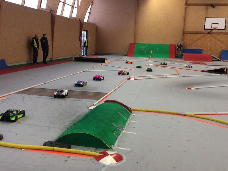 Course indoor tt 1/10,M.R.C.C,Corzé (49)  16388210