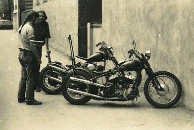 Vieilles photos (pour ceux qui aiment les anciennes photos de bikers ou autre......) - Page 10 Tumbl155