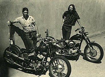 Vieilles photos (pour ceux qui aiment les anciennes photos de bikers ou autre......) - Page 10 Tumbl157