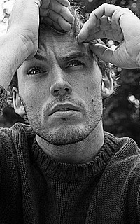 Sam Claflin Sam_cl11
