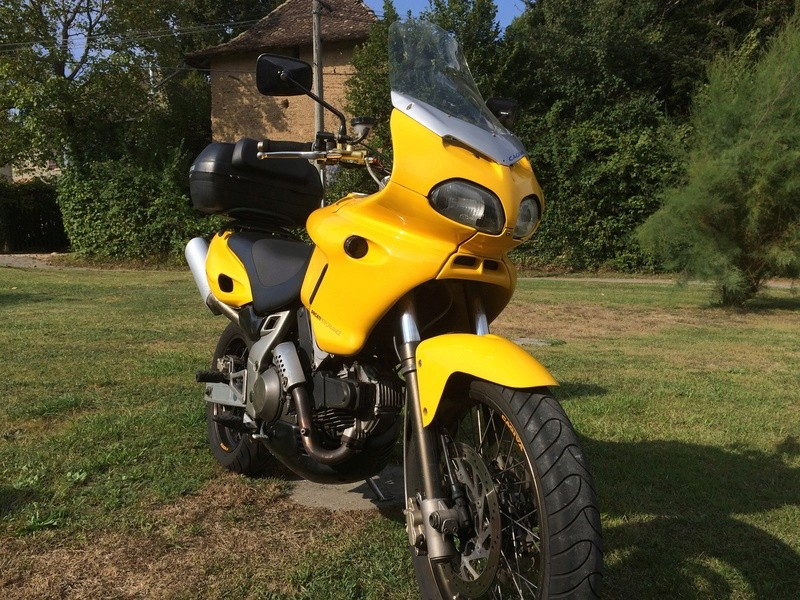 voici ma seconde MOTO !!  Img_1111