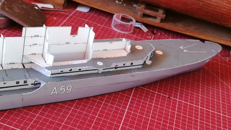 Schulschiff Deutschland 1:250 Bug210