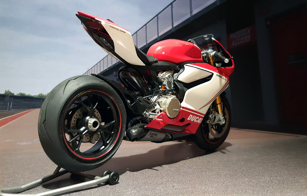 Ducati Panigale Tricolore - Page 2 Qp9gin10