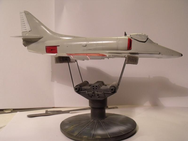 A-4 E Skyhawk - 1/ 48° Pont d'envol fait - Avion fini - accessoires de pont en confection. - Page 3 Dscf6813