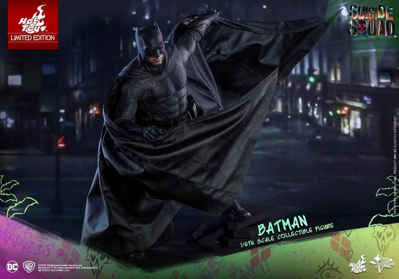 Batman 1/6 Suicide Squad version (Hot Toys) 16722811