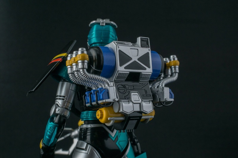 Tokkei Winspector (S.H.Figuarts) - Page 2 X5511