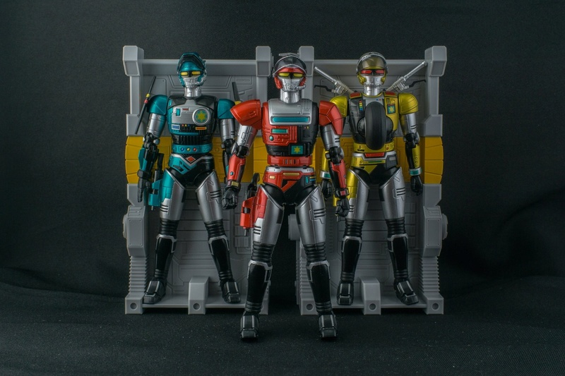 Tokkei Winspector (S.H.Figuarts) - Page 2 X6711