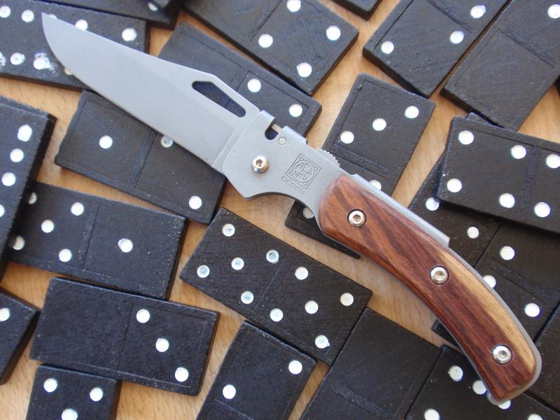 La collection de Couper au couteau - Page 13 P7244218