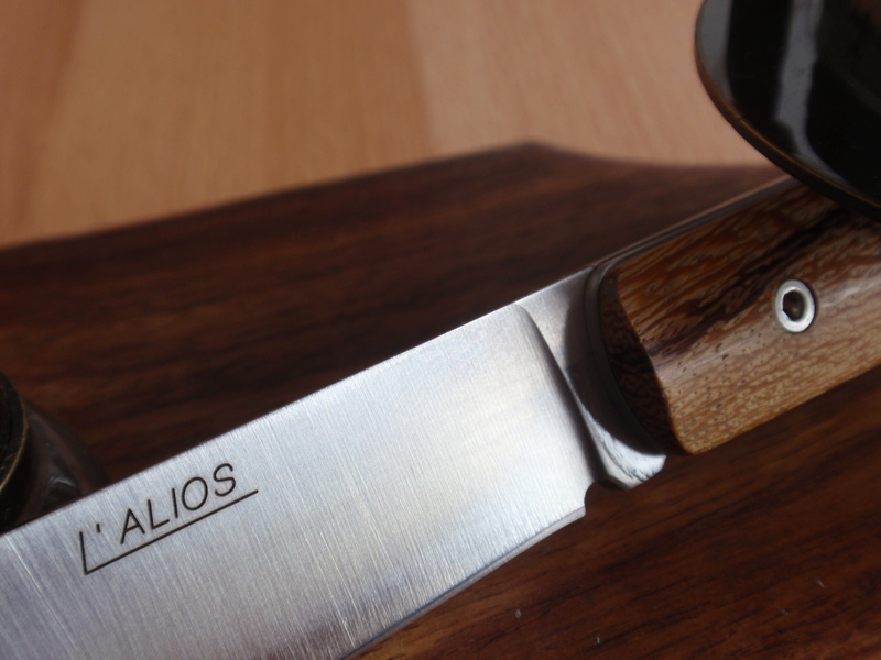 La collection de Couper au couteau - Page 12 P9044319
