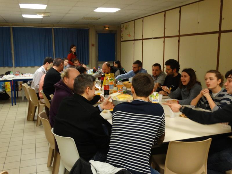 Soirée repas de noël, AG et jeux le 16 décembre à 20h à la MPT SAINT CHERON Dsc01711