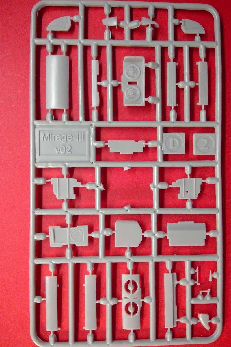 dassault mirage - [MODELSVIT] DASSAULT MIRAGE III V 02 1/72ème Réf 72034 Models33