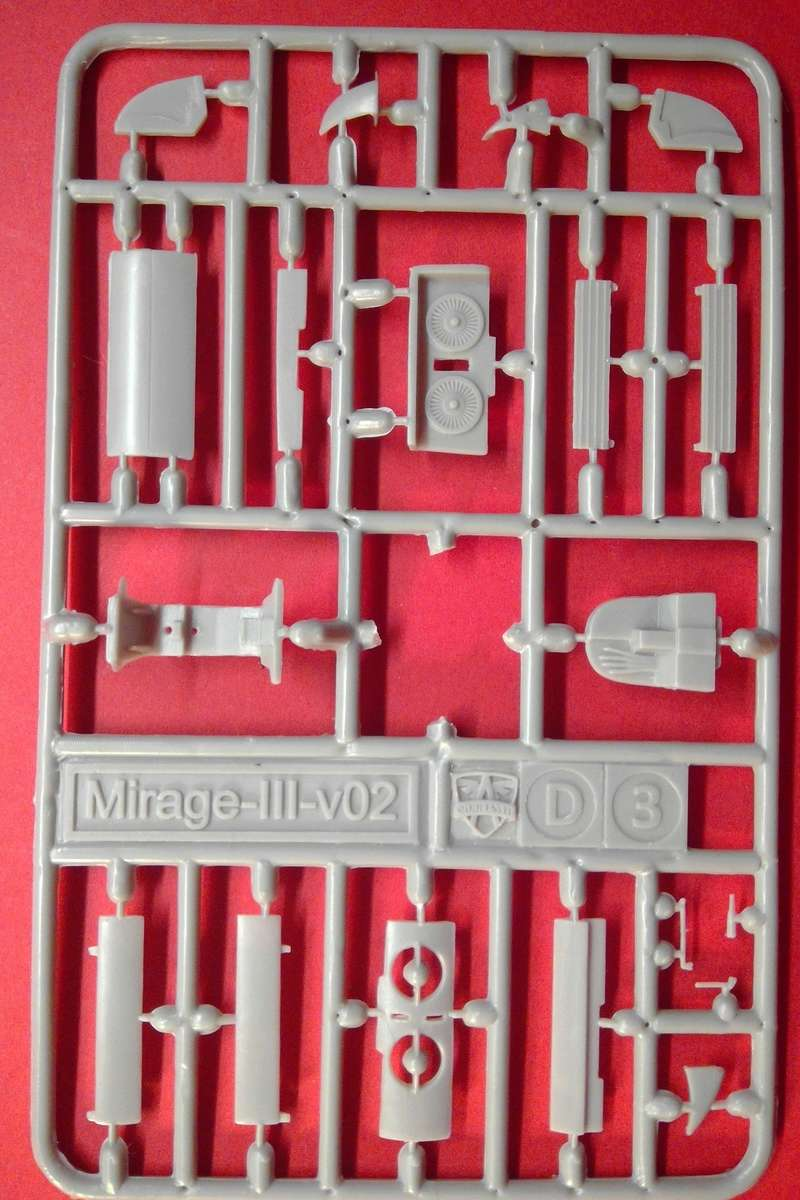 dassault mirage - [MODELSVIT] DASSAULT MIRAGE III V 02 1/72ème Réf 72034 Models34