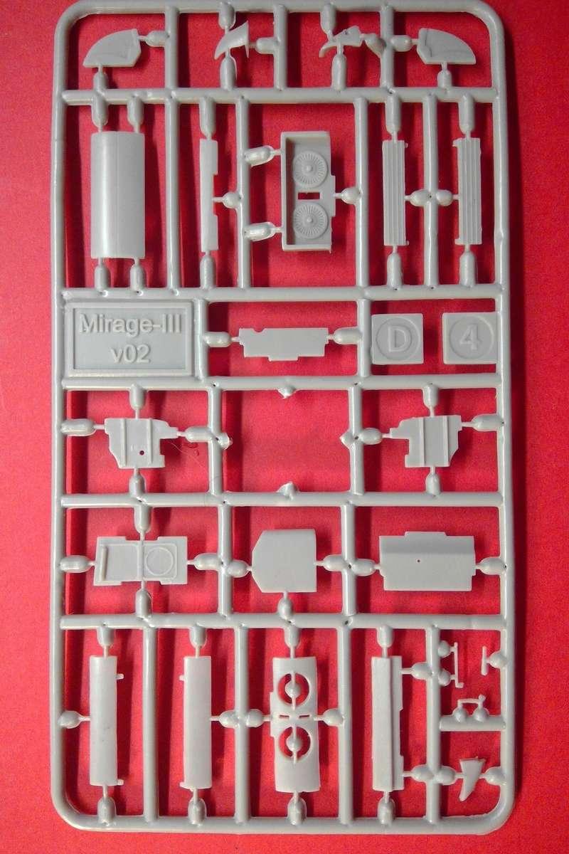 dassault mirage - [MODELSVIT] DASSAULT MIRAGE III V 02 1/72ème Réf 72034 Models35