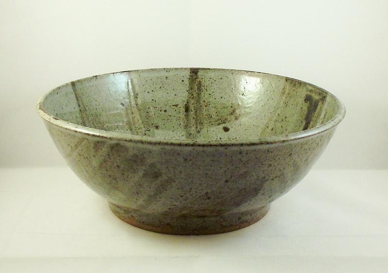 Unmarked stoneware bowl, possibly Scottish. Dscf8612