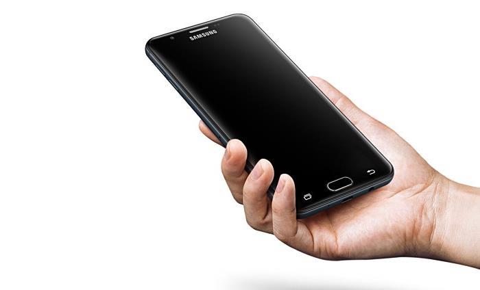 [Update] Επίσημο το smartphone Samsung Galaxy On7 (2016) Galaxy15