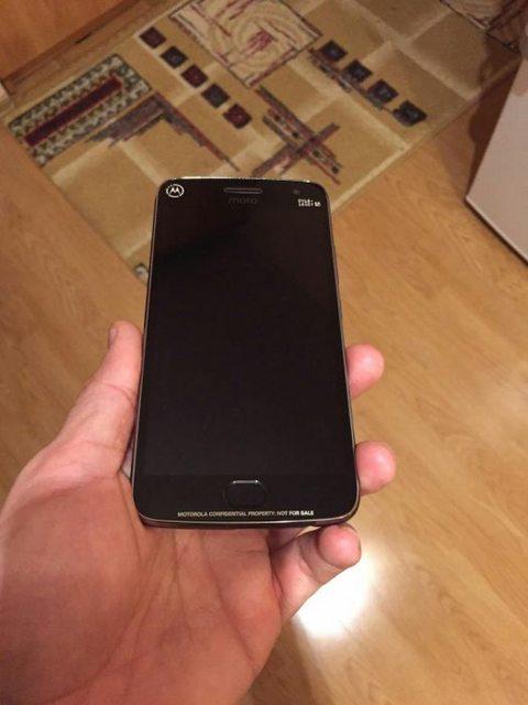 Διέρρευσε το smartphone Moto G5 Plus L3ixfn10
