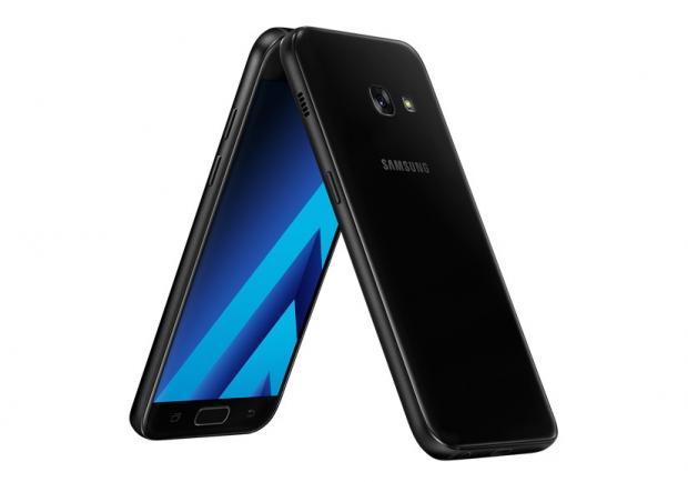 H Samsung ανακοίνωσε επίσημα τη νέα σειρά Galaxy A (2017) με IP68 πιστοποίηση Samsun17
