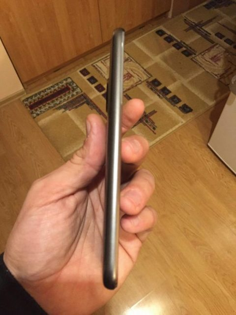 Διέρρευσε το smartphone Moto G5 Plus Unq8fs10