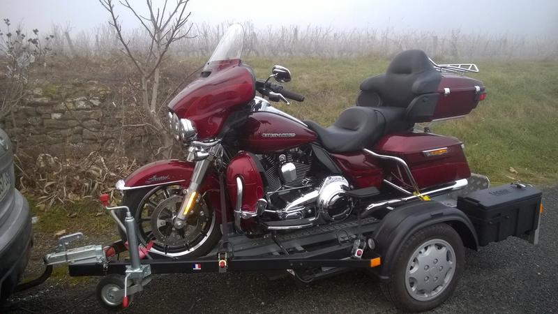 Remorque pour transporter une roadking - Page 4 Wp_20118