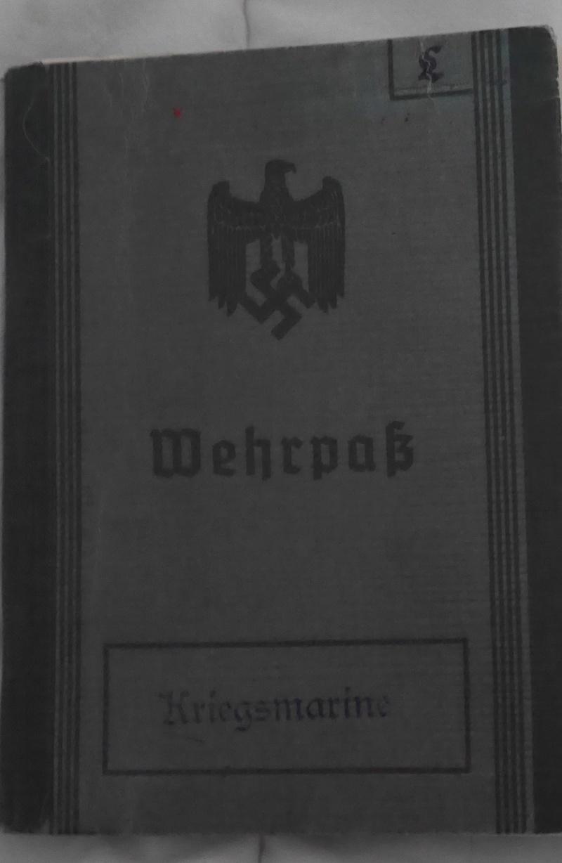 Wehrpasses P1160029
