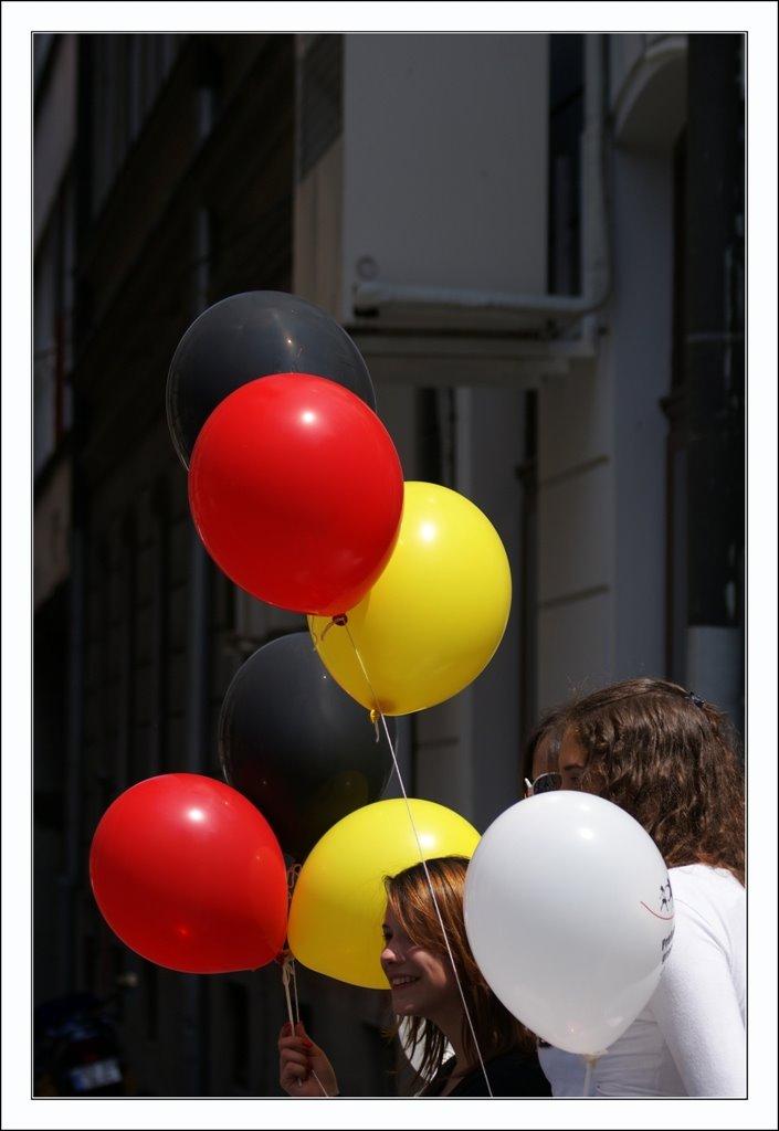 baloni - Page 4 22289410