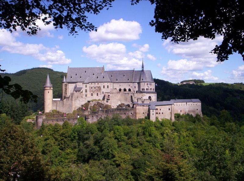 Dvorci,tvrđave i zamkovi - Page 44 Zamak124