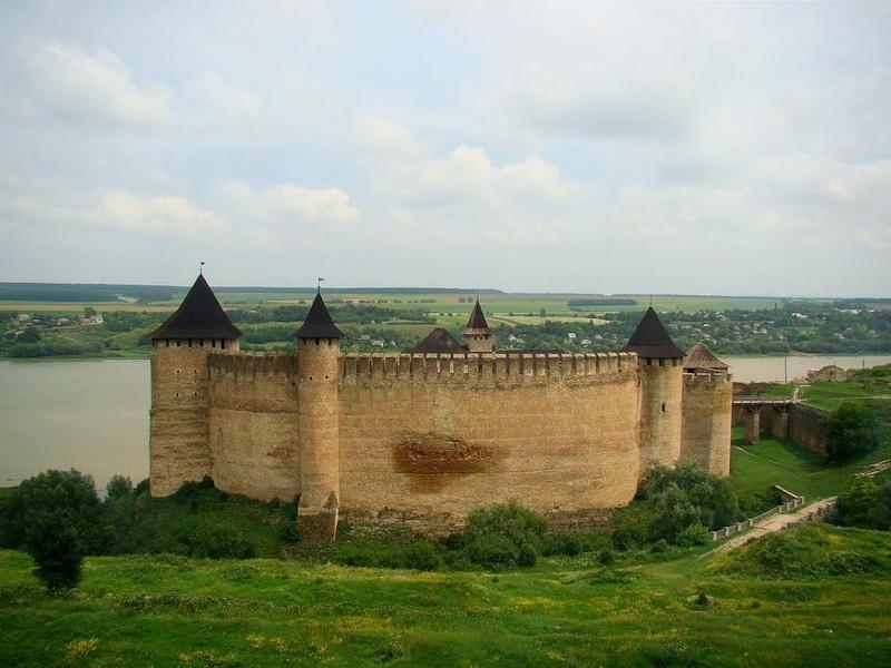 Dvorci,tvrđave i zamkovi - Page 44 Zamak518