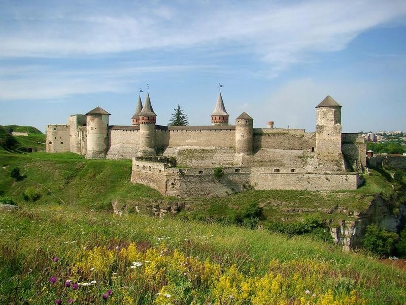 Dvorci,tvrđave i zamkovi - Page 44 Zamak617