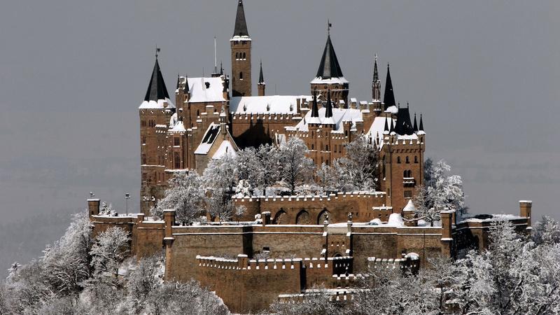 Dvorci,tvrđave i zamkovi - Page 44 Zamak715