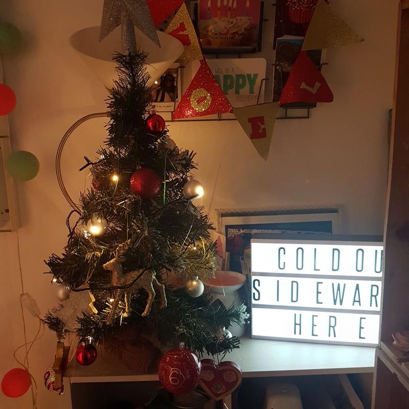Vos décorations de Noël - Page 2 Img_2011
