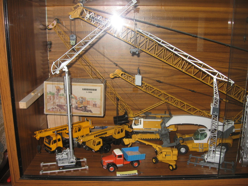 Collection modéles LIEBHERR 1/50 Img_5022