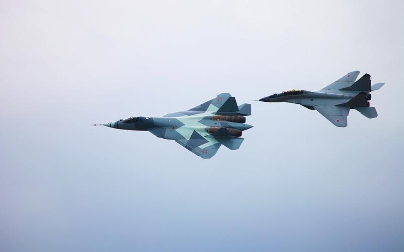 MiG-29/ΜiG-35 Fulcrum: News - Page 31 Setwal10