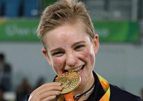 Olimpiadi del Lotto 2016 dal 10 al 21/01/17 - Pagina 3 Bebe-v10