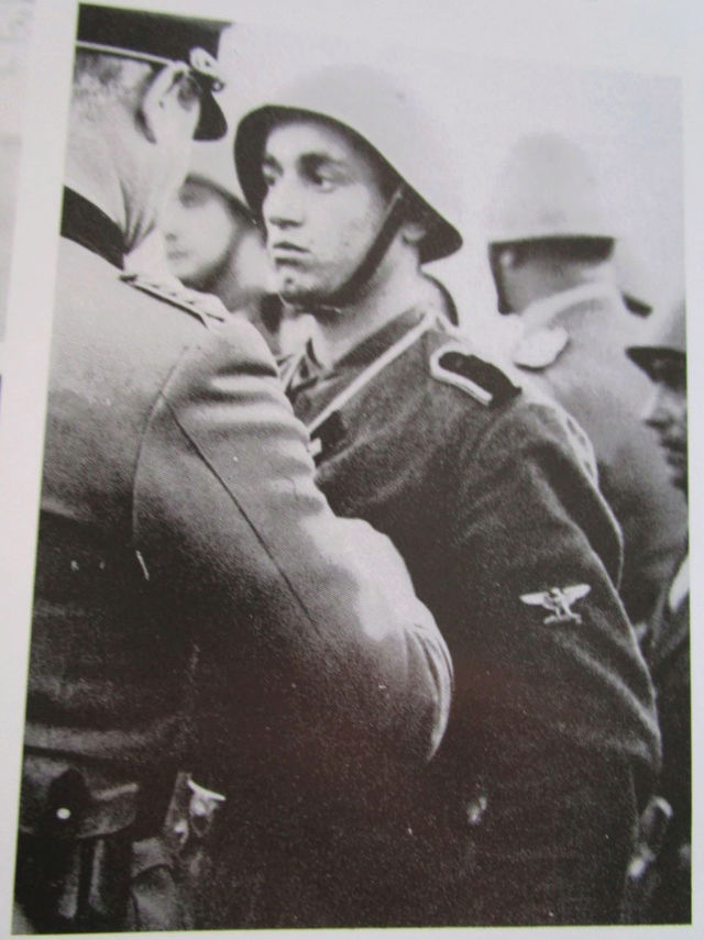La division SS italienne - Histoire et uniformes Dycora11