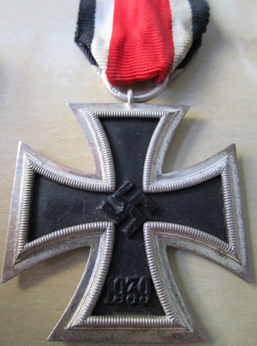Ma collection : allemand des deux guerres mondiales (médailles, documents...) Ek2_211