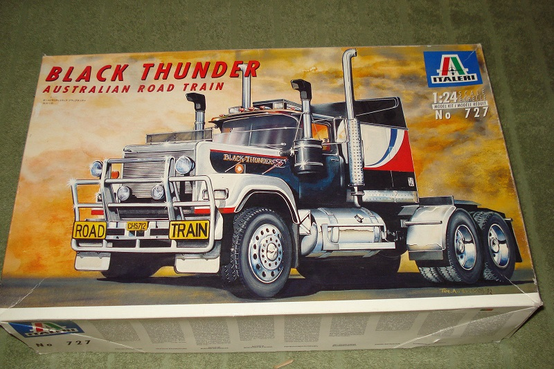 Italeri Mack Valueliner 1:24 01_10