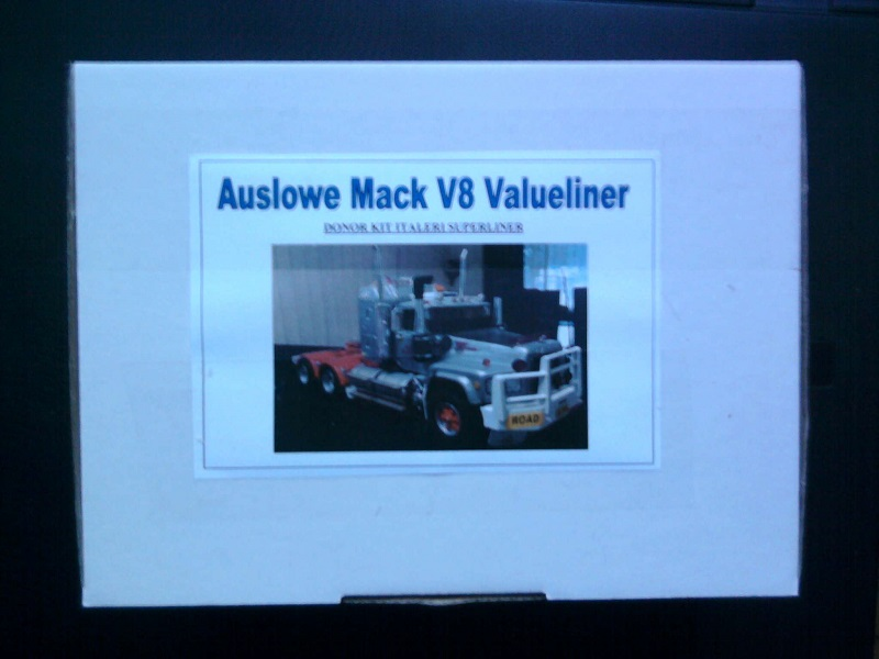 Italeri Mack Valueliner 1:24 02_10