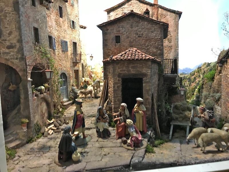 MUSÉE DES CRÈCHES DE GAZZANO ( PROVINCE REGGIO EMILIA) ITALIE  Img_1014