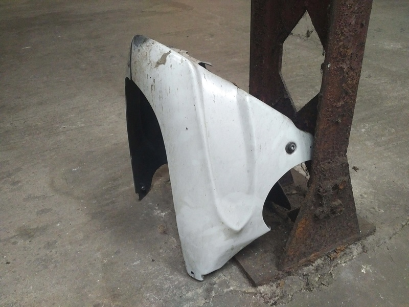 [VENDU] Sabot blanc FZ6 - GRATUIT Img_2013