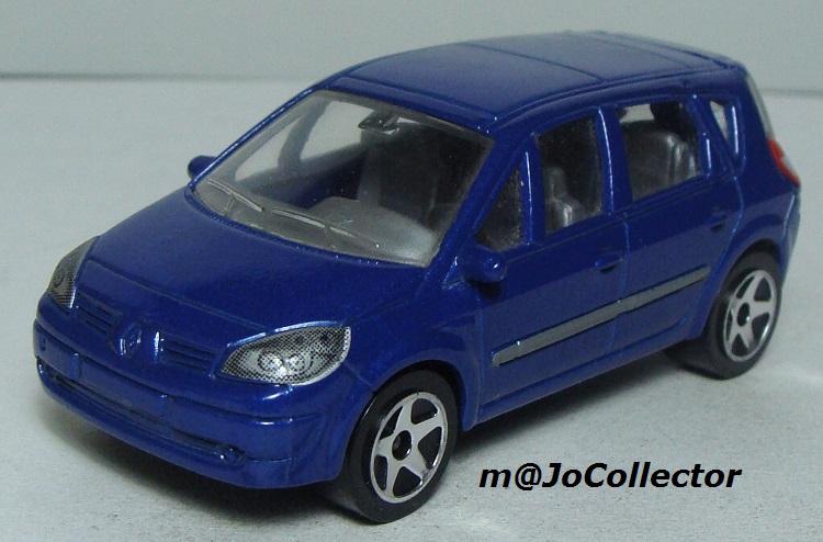 N°221D Renault Scénic II 221_5d11
