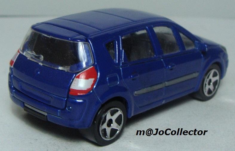 N°221D Renault Scénic II 221_5d12