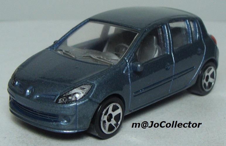 N°221E Renault Clio B85 221_5e10
