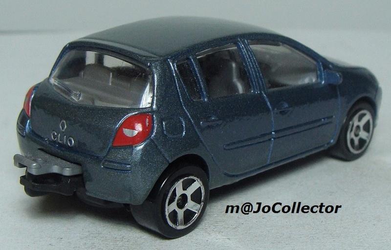 N°221E Renault Clio B85 221_5e11