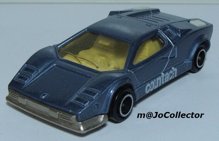 N°237 Lamborghini Countach 237_3_12
