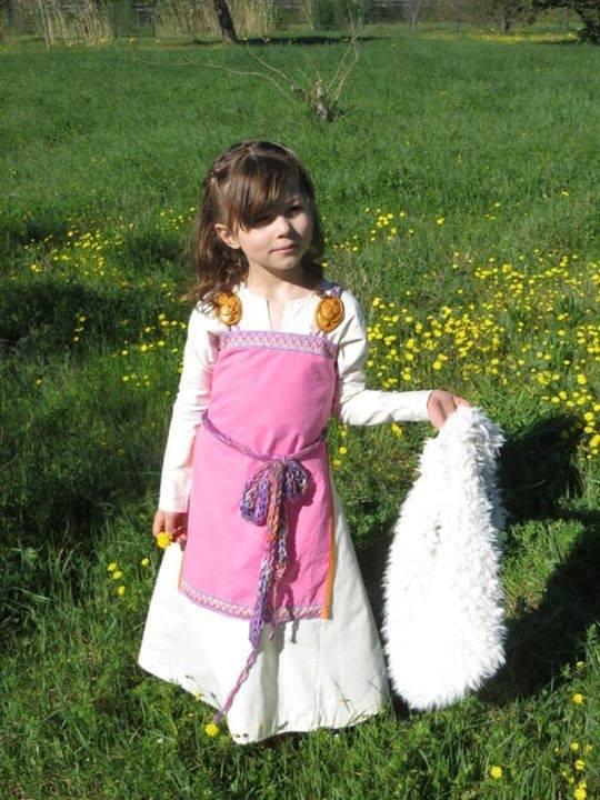 robe et sous robe femme viking : patrons et explications 11182210
