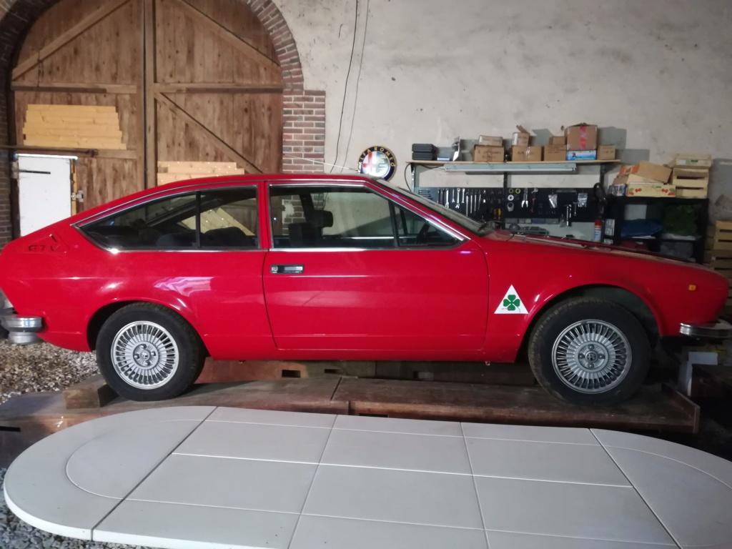 Dimensions pneus sur ALFETTA GTV Img_2010